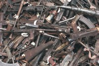 Armas amontonadas alta res (c) Chrispin Hugues Oxfam Intermón