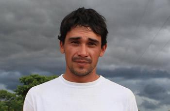 Rodolfo Castro. Firma por los jóvenes sin tierra de Curuguaty. Tiene sentido